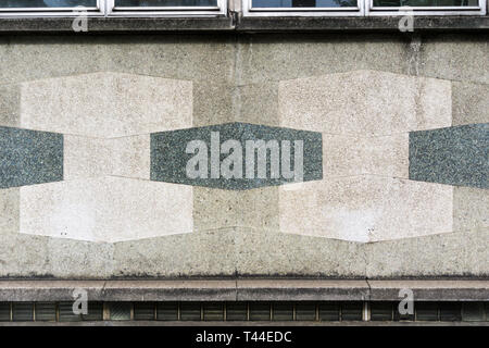 Hexagonal concrete panels on the front of the 1960s Holborn Library in Theobalds Road, designed by Sidney Cook. - Stock Image