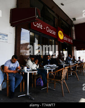 Cafe Glacier on Boulevard Mohammed-V in Casablanca. - Stock Image