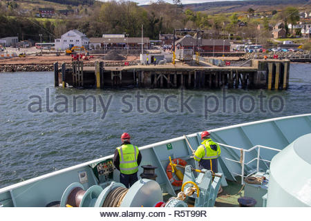 Ferry arriving in Brodick on the Isle of Arran, in the Firth of Clyde, Scotland, UK. - Stock Image