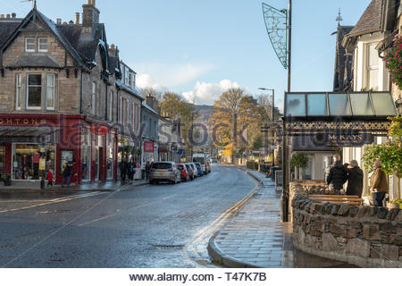 Pitlochry streets in winter - Stock Image