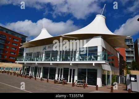 Aurora Bar & Restaurant on Ipswich Waterfront, also known as Ipswich Wet Dock, Ipswich Docks, or Ipswich Marina, in the sunshine. Suffolk, UK - Stock Image