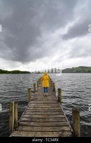 Coniston Water, Cumbria, UK, 5th June 2019. UK Weather. Grey skies and sharp showers continue to dominate the weather in the North West today. Credit Simon Maycock / Alamy Live News. - Stock Image