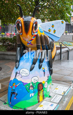 Agnes Bee-den Powell, by Jodie Silverman.  One of the Bee in the City sculptures, Great Northern Square, Manchester, UK. - Stock Image