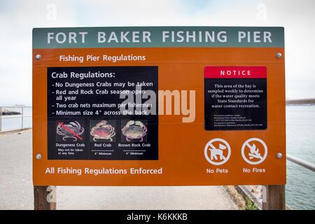 Fort Baker fishing pier, fishing pier regulations, crab fishing regulations, crab season, Fort Baker, city of Sausalito, Marin County, California - Stock Image