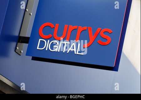 Currys Digital sign. London. UK 2009 - Stock Image