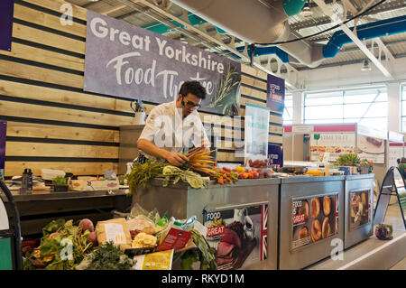 Cookery demonstration at the Great Yorkshire Show. - Stock Image
