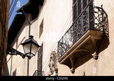 Straßenszene im La Lonja Stadtviertel, Palma, Mallorca, Spanien. - Street scene in the La Lonja district, Palma, - Stock Image