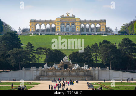 Gloriette Schonbrunn, view of the Gloriette building (1775) sited on a hill above the formal gardens of the Schloss Schönbrunn in Vienna, Austria. - Stock Image