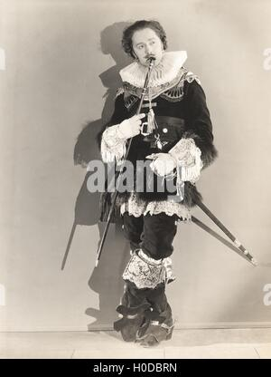 Woman dressed in 16th century drag - Stock Image