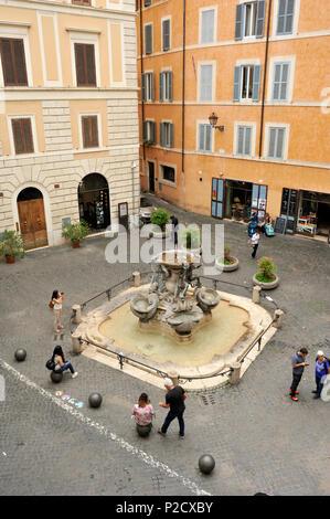 italy, rome, jewish ghetto, piazza mattei, fontana delle tartarughe - Stock Image