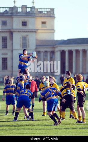 Playing rugby at Stowe Public School Buckingham MK18 5EH England Stowe Public School - Stock Image