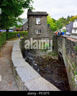 Bridge House, Ambleside, Lake District National Park, Cumbria, England, UK - Stock Image