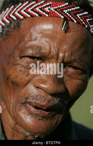 Tight portrait of an elderly Bushman - Stock Image