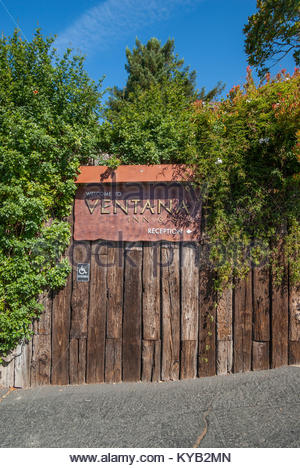 Sign at entrance to Ventana Inn and Spa, on Pacific Coast Highway at Big Sur, California - Stock Image