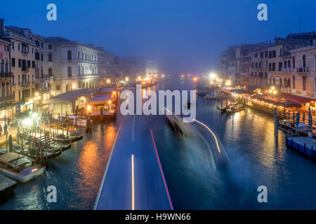 View from Rialto bridge to Canal Garnde at dusk, fog, gondola,  Venedig, Venezia, Venice, Italia, Europe, - Stock Image