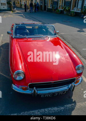 A classic Red 1991/92 MG-B roadster sports car in Helmsley North Yorkshire England UK - Stock Image