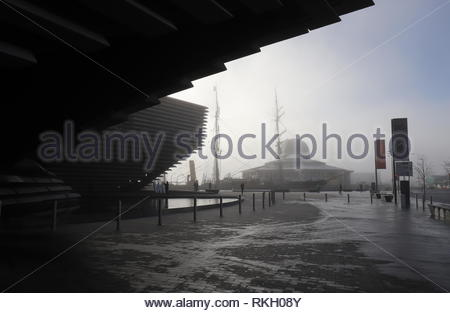 V&A Design Museum with fog Dundee Scotland  January 2019 - Stock Image