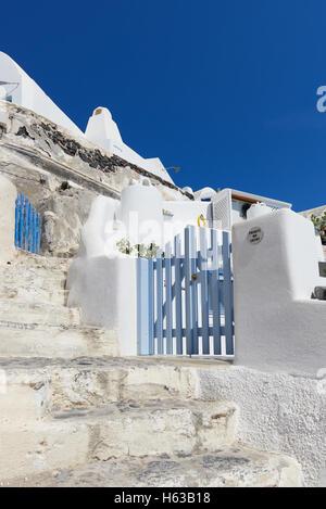Streets of Oia , Santorini - Stock Image