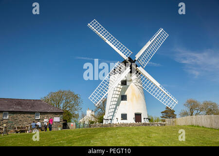 UK, Wales, Anglesey, Llanddeusant, Melyn Llynon, Wales' only working windmill - Stock Image