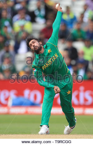 File photo dated 07-06-2017 of Pakistan's Mohammad Amir in bowling action. - Stock Image