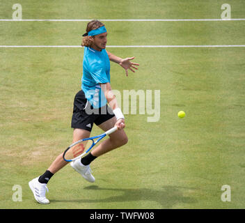 The Queens Club, London, UK. 20th June 2019. Day 4 of The Fever Tree Championships. Kyle Edmund (GBR) is knocked out by Number 1 seed Stefanos Tsitsipas (GRE) on centre court, Tsitsipas winning 6-3 7-5. Credit: Malcolm Park/Alamy Live News. - Stock Image