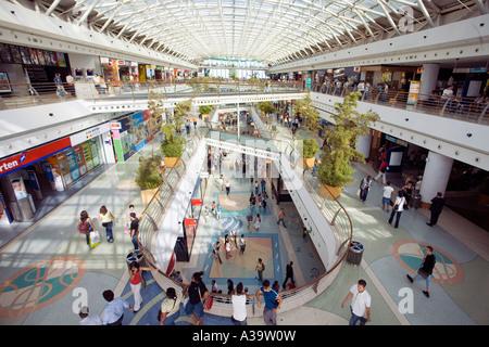 Portugal Lisbon Vasco da Gama shopping center interieur near Expo - Stock Image