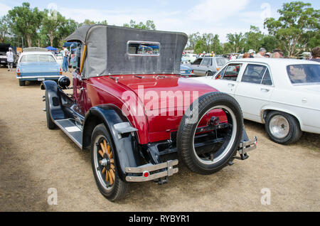 Rear view of 1927 Oldsmobile Cabriolet with Dicky seat closed. On display near Tamworth Australia March 2019. - Stock Image