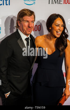 Chip Gaines & Joanna Gaines attend TIME 100 GALA on April 23 in New York City - Stock Image