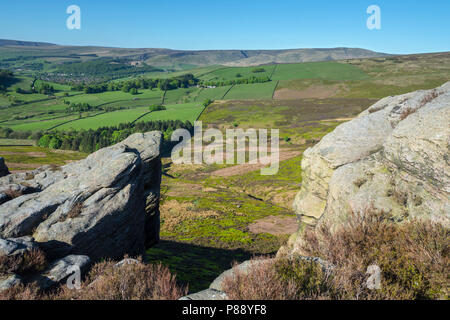 Bleaklow Fell from the Worm Stones, Shaw Moor on Chunal Moor, near Glossop, Peak District, Derbyshire, England, UK. - Stock Image
