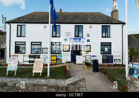 A general view of the tourist information office in Swanage, Dorset - Stock Image