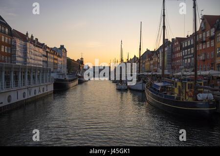 Nyhaven, Copenhagen at dusk - Stock Image