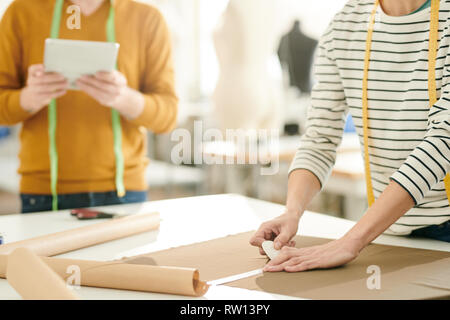 Lining with chalk - Stock Image