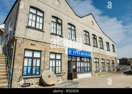 The front facade and entrance to St Ives Museum, St Ives, Cornwall, England - Stock Image