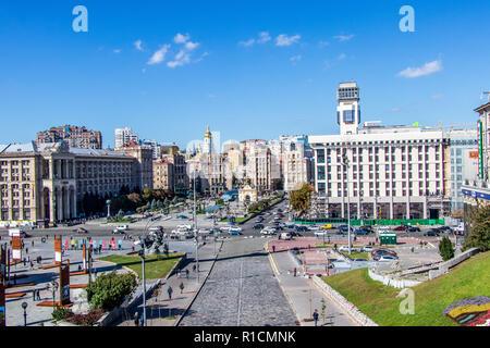 Independence Square maidan nezalezhnosti city center Kiev Ukraine 06.11.2018 - Stock Image