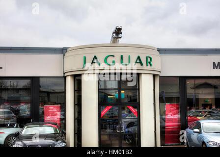 Jaguar garage sign jaguar dealer dealership jaguar emblem  Jaguar cars car sales - Stock Image