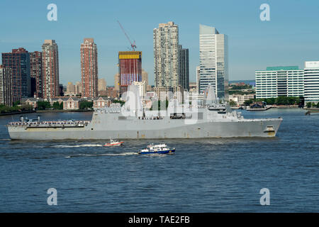 The San Antonio-class amphibious transport dock USS New York on the Hudson River at the start of Fleet Week 2019. The ship was built in New Orleans. - Stock Image