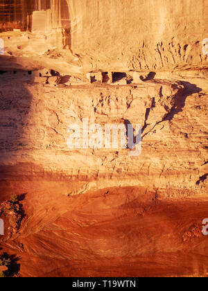 Ancestral Puebloan ruins viewed form Spider Rock overlook. Canyon de Chelly National Monument, Arizona. - Stock Image