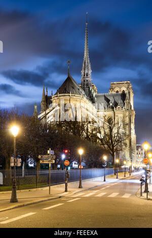Notre-Dame de Paris at night - Stock Image