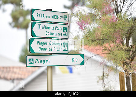 France , Pyla sur Mer, Ocean Boulevard , signpost Mayor, shops, beaches - Stock Image