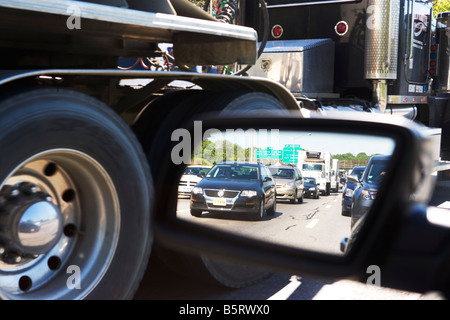 , BUSY, CARS, TRUCKS, MOTOR VEHICLE, NEW YORK CITY, NYC, MANHATTAN, OUTDOORS, TAILLIGHTS, TAXI, TRAFFIC, TRAFFIC - Stock Image