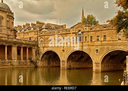 UK Somerset Bath View Of Pulteney Bridge - Stock Image