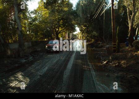 Mud covers roadways in Montecito, California, Jan. 11, 2018, following a mudslide earlier in the week. Deep mud - Stock Image