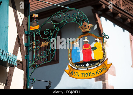 Inn sign aux trois rois in ribeauville, haut-rhin, alsace, france - Stock Image