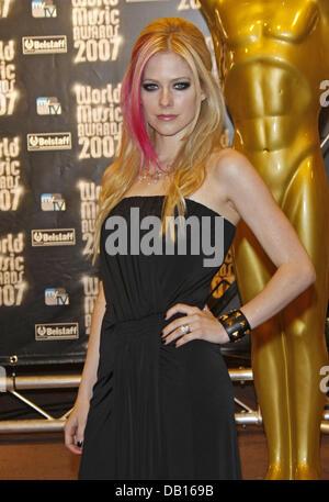 Singer Avril Lavigne, winner of the 'World's Best Selling Pop/Rock Female Artist' award, poses during - Stock Image
