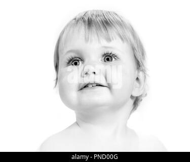 1970s CLOSE-UP PORTRAIT OF CUTE WIDE-EYED BABY FACE - b25044 HAR001 HARS OLD FASHIONED - Stock Image