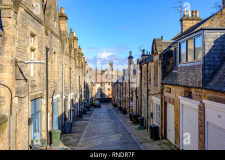 View of Mews houses on narrow street at Rothesay Mews in Edinburgh, Scotland, UK - Stock Image