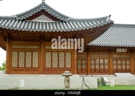 Traditional Korean house on the territory of Government assembly - Stock Image