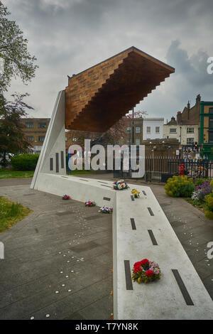 bethnal green tube disaster memorial - Stock Image