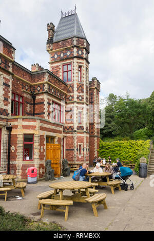 Outside terrace seating at Saltwell Towers cafe in Saltwell Park, Gateshead, Tyne and Wear. - Stock Image