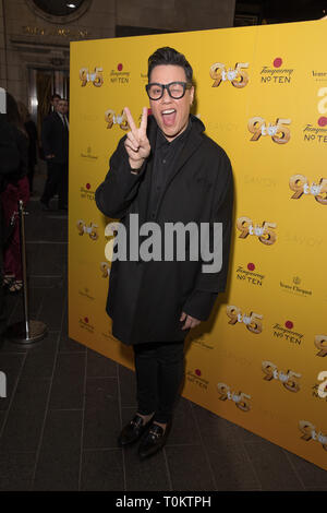Celebs attend gala evening for Dolly Parton's 9 to 5 The Musical  Featuring: Gok Wan Where: London, United Kingdom When: 17 Feb 2019 Credit: Phil Lewis/WENN.com - Stock Image
